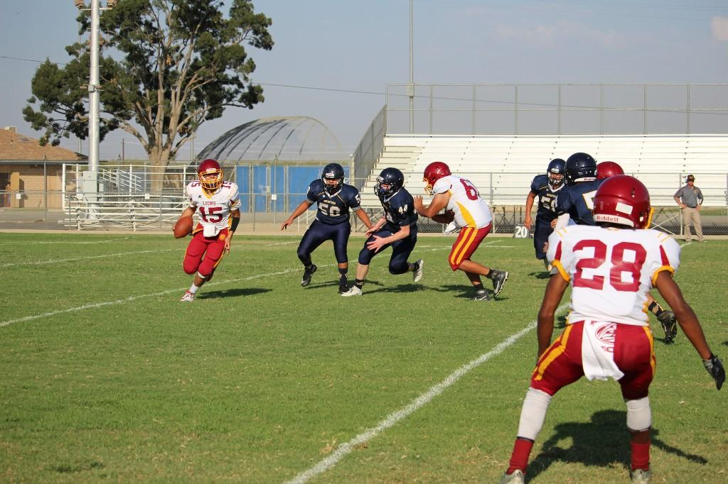 Football vs Mira Monte