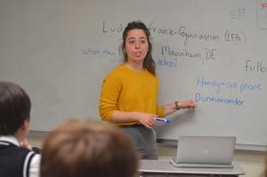 Allison Zuckerman teaching PJ 2