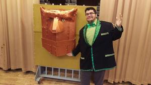 Wizard of Oz, played by Alex Pires