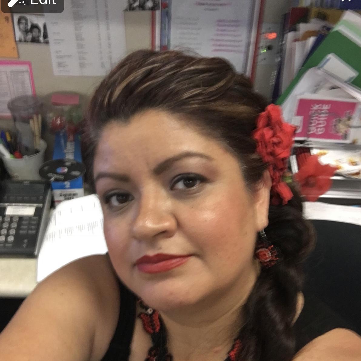 Alma Lomeli's Profile Photo