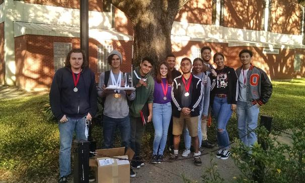 Congratulations to the OHS Science Olympiad Team for placing 4th in our region and qualifying for the state tournament.