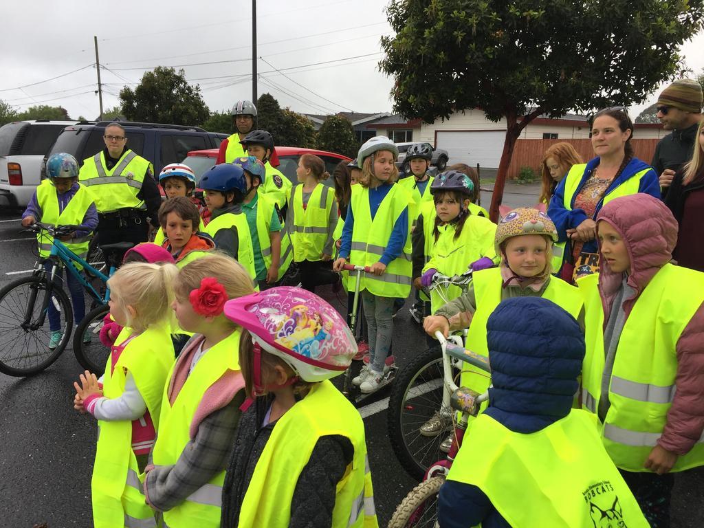 group photo of walk/bike to school group