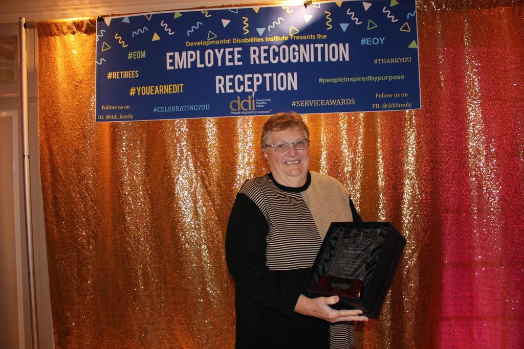 Retiree Service Award recipient