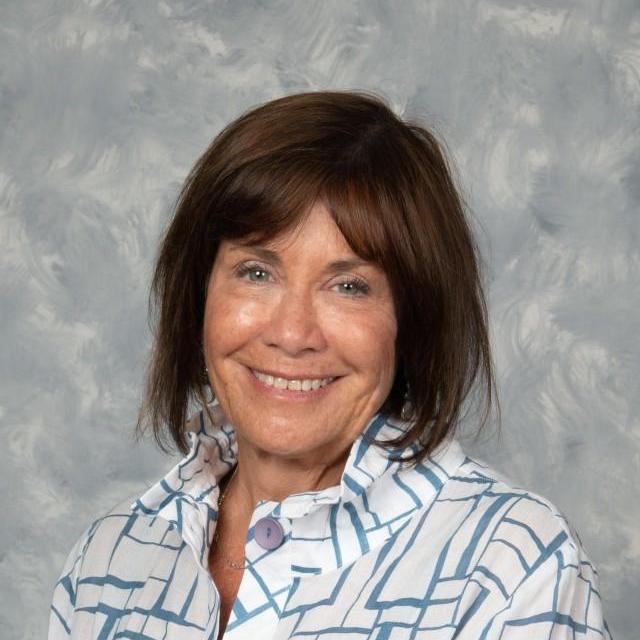 Fern Kendis's Profile Photo