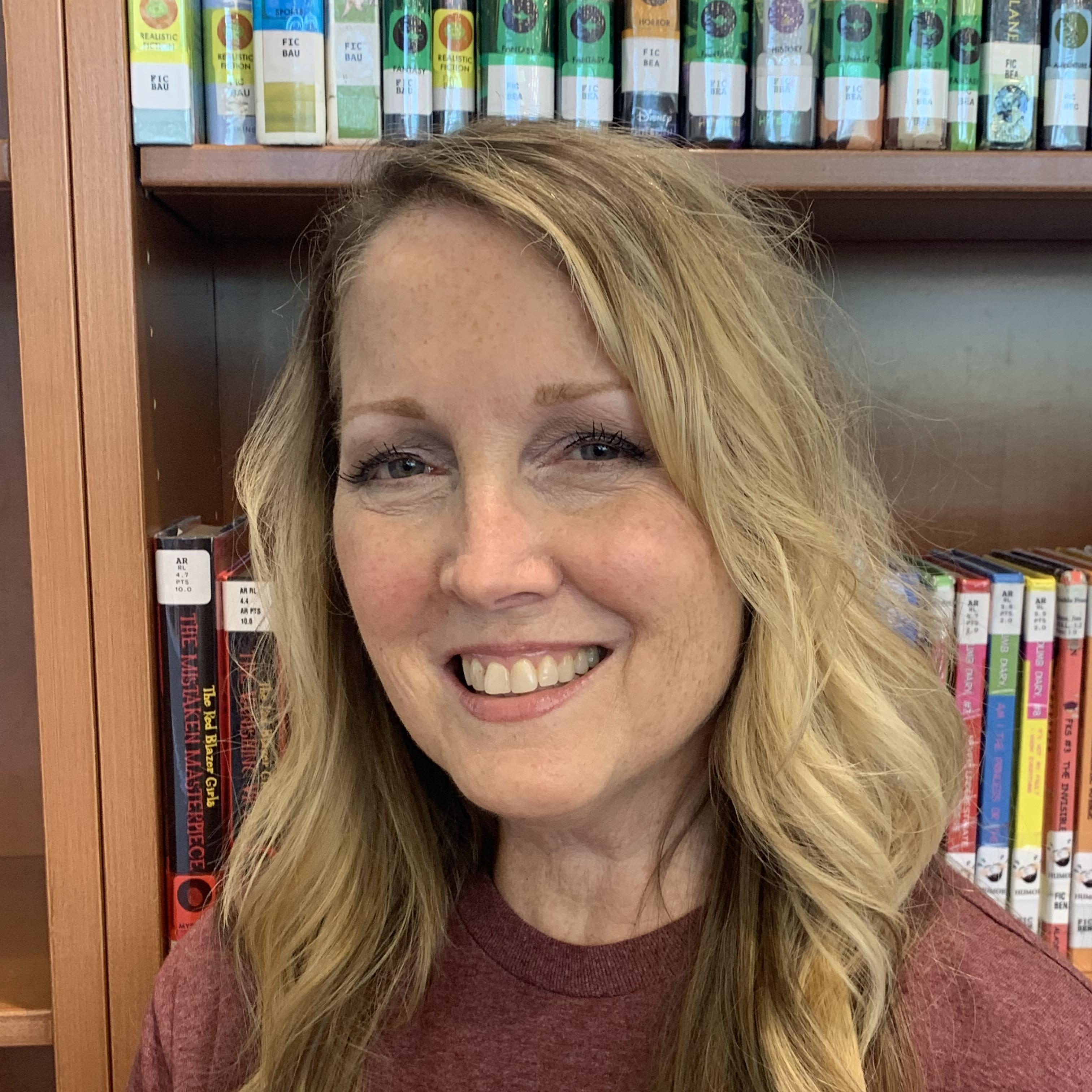 Julie Dow's Profile Photo