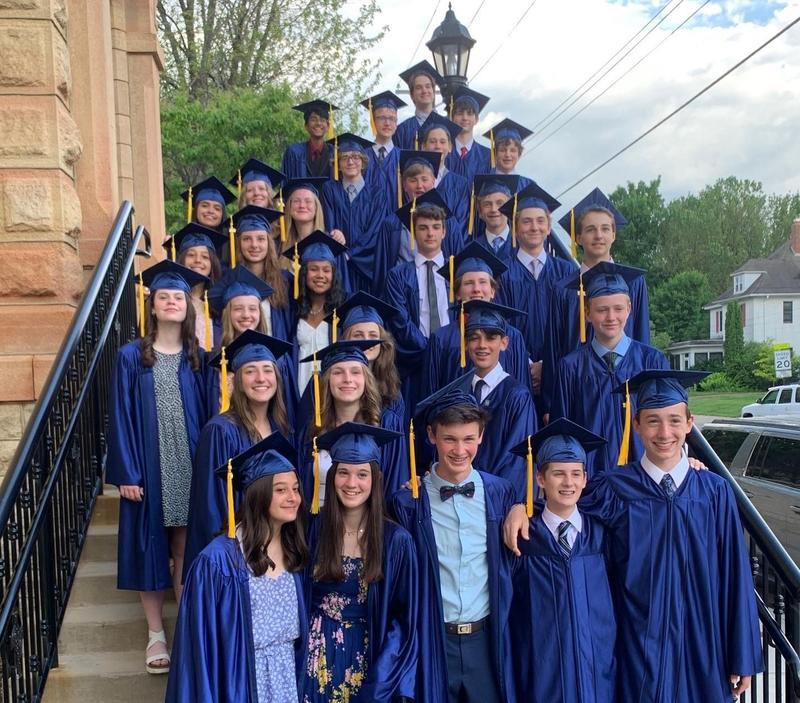 Congrats to the 8th Grade Graduates! Featured Photo