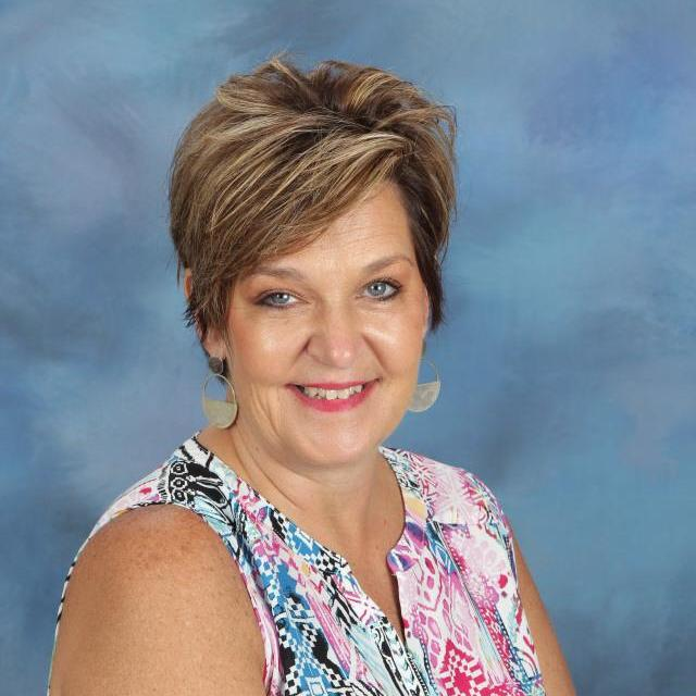 Wendy DeRouen's Profile Photo