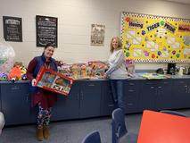 Thank you to Cash Express for the donated presents and jackets for students!