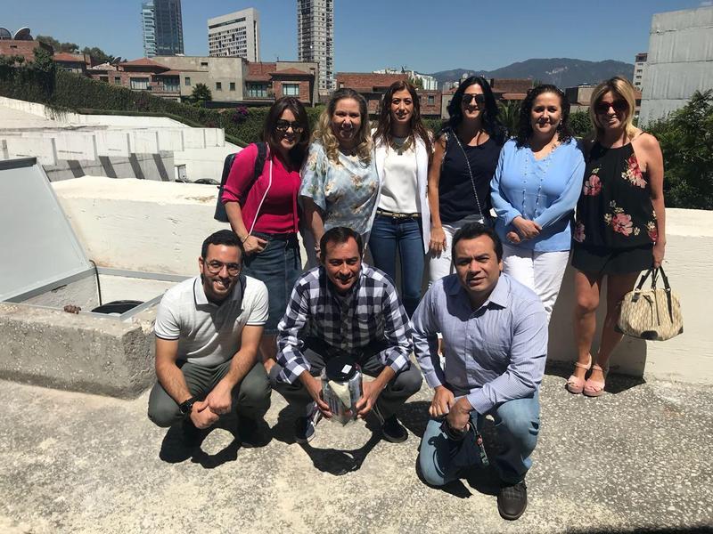 Bóveda del recuerdo Featured Photo