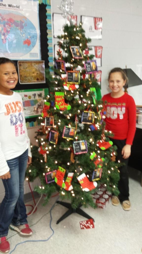 classroom x-mas tree
