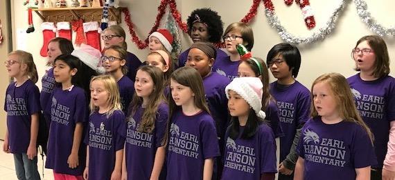 Earl Hanson's Inspire Choir Spread Holiday Cheer Featured Photo