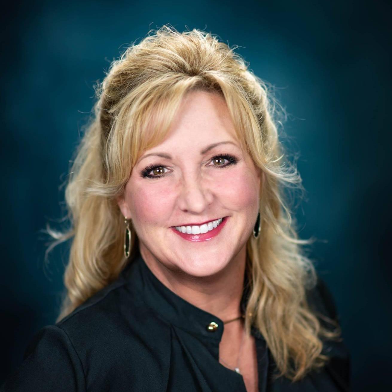 Sandy King's Profile Photo