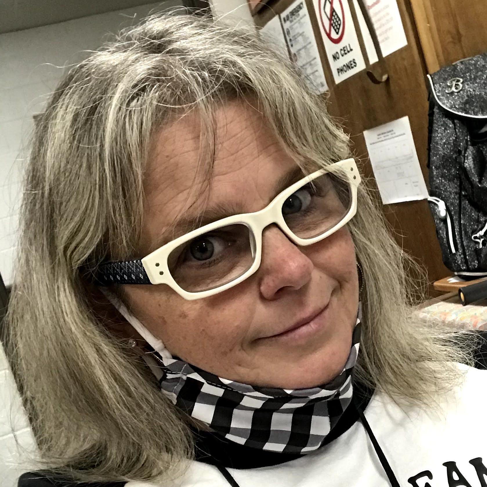 Elizabeth Rochard's Profile Photo
