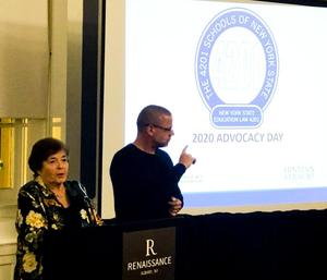 Dr. Kappen speaking to the 4201 Advocacy Day attendee on the plan for the day.