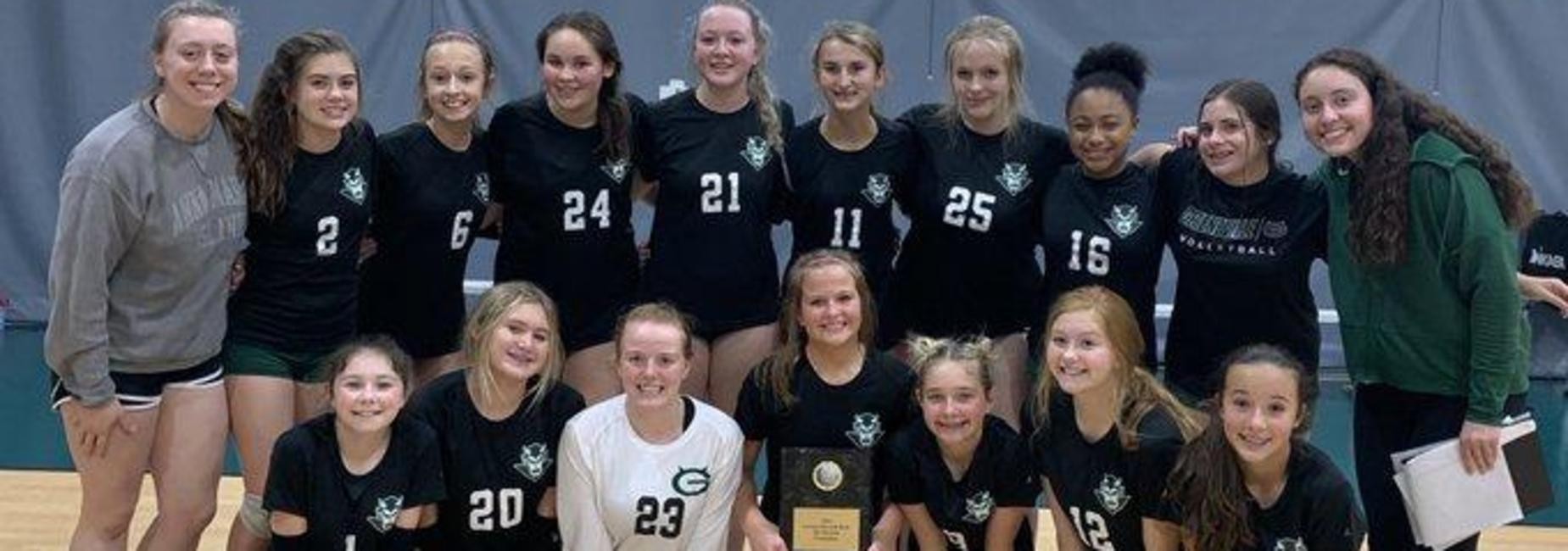 a picture of the girls volleyball team