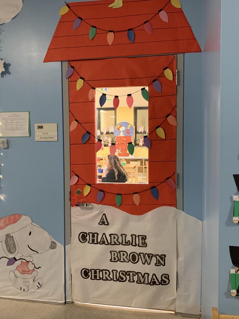 Snoopy's house Christmas Door Decor
