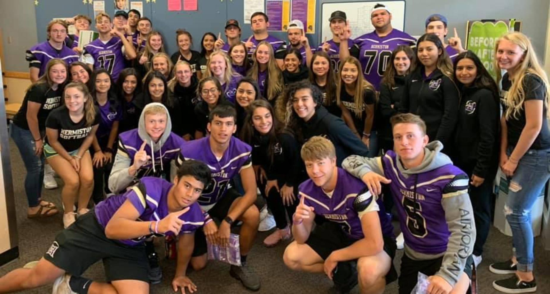 Sport athletes visiting Sunset Elementary.