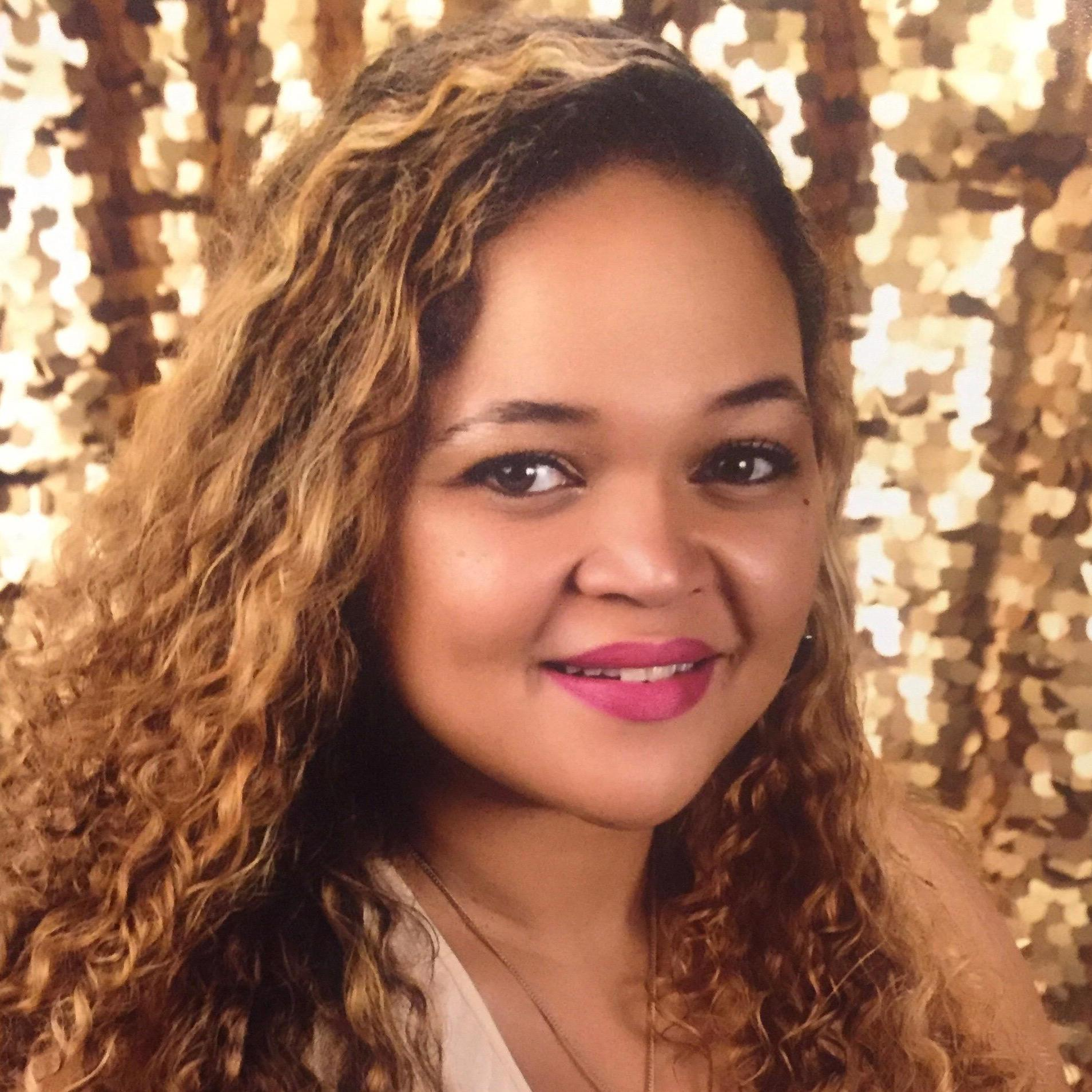Natavia Larry's Profile Photo