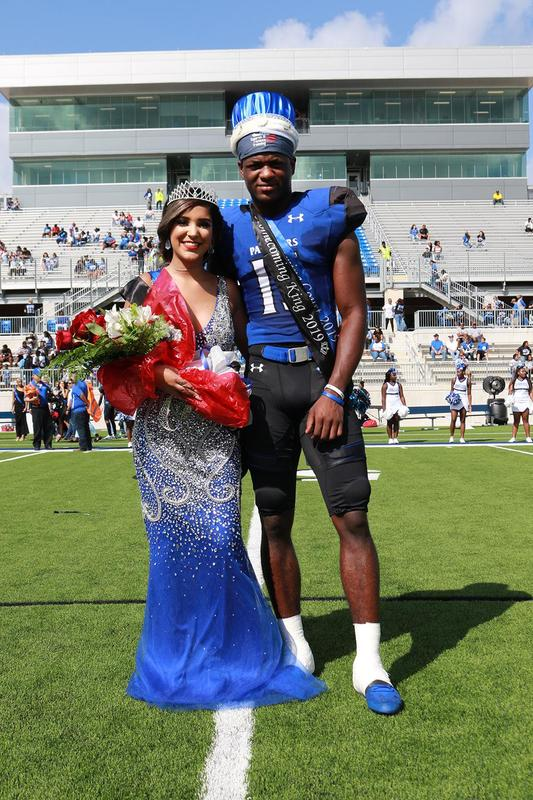 khs_homecoming_queen_and_king