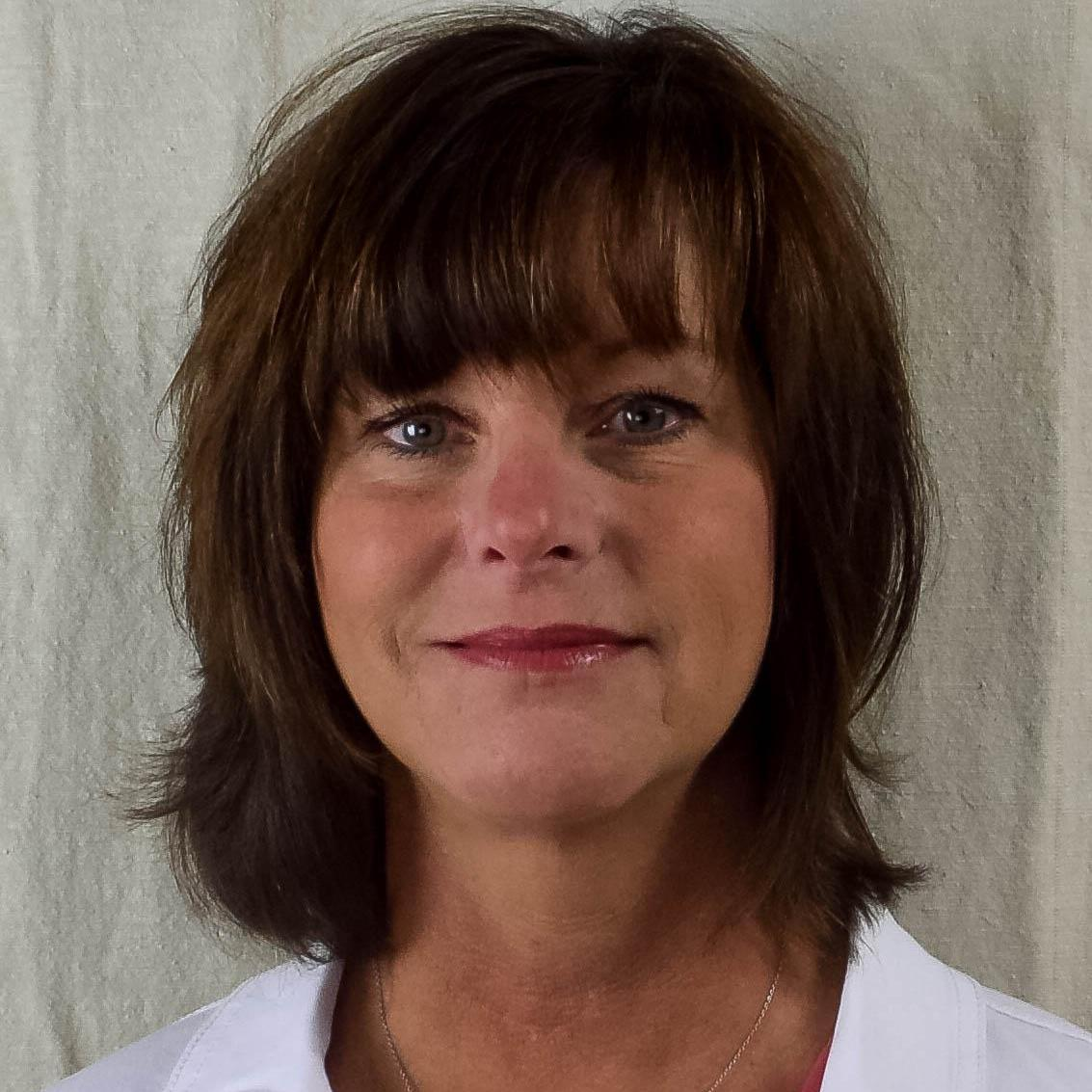 Laura Hall's Profile Photo