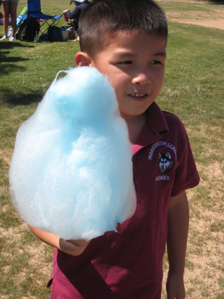 Marguerita student enjoying a cotton candy