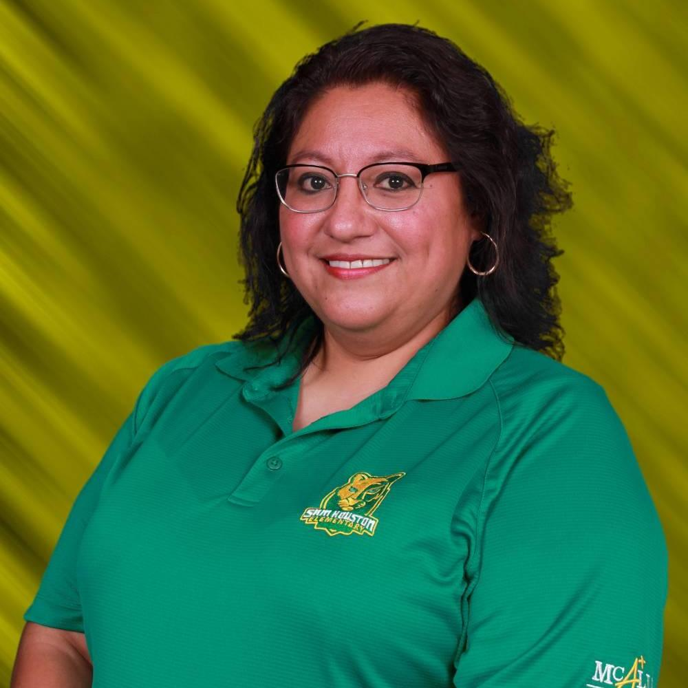 Carmina Lopez's Profile Photo