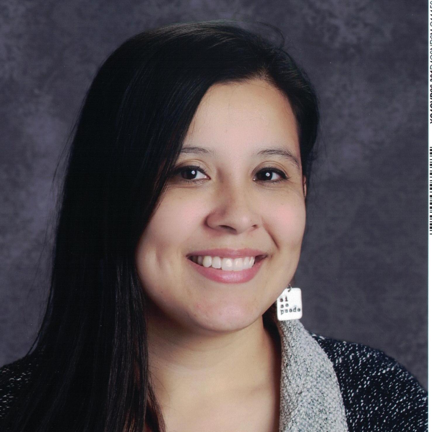 Isela Ponce's Profile Photo