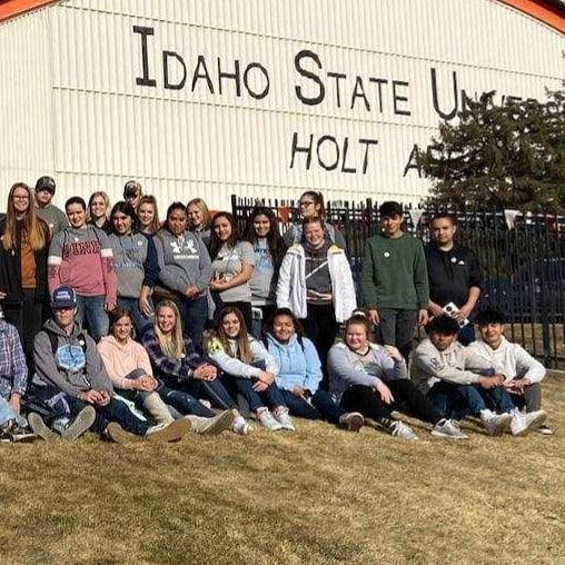 Students Touring ISU