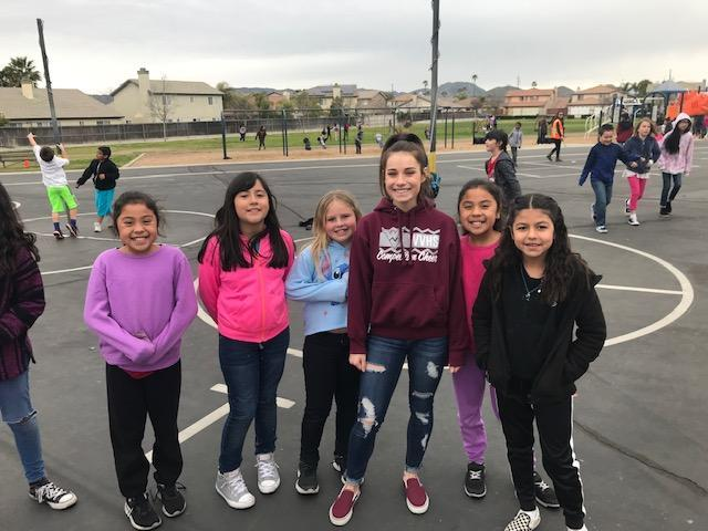 Mustang Students help Harmony students learn about being kind