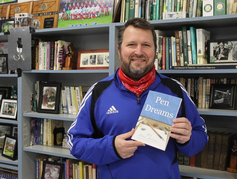 Harpeth High School English teacher Steve Wilson