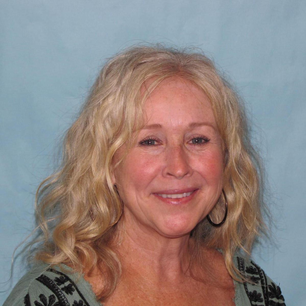 Liz Ellis's Profile Photo