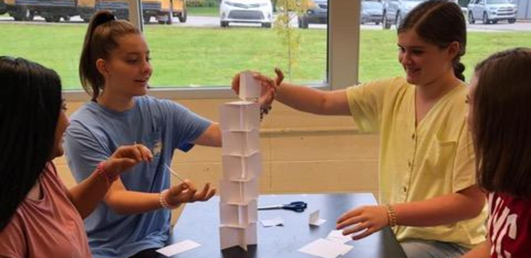 IMS students work on STEAM project in science