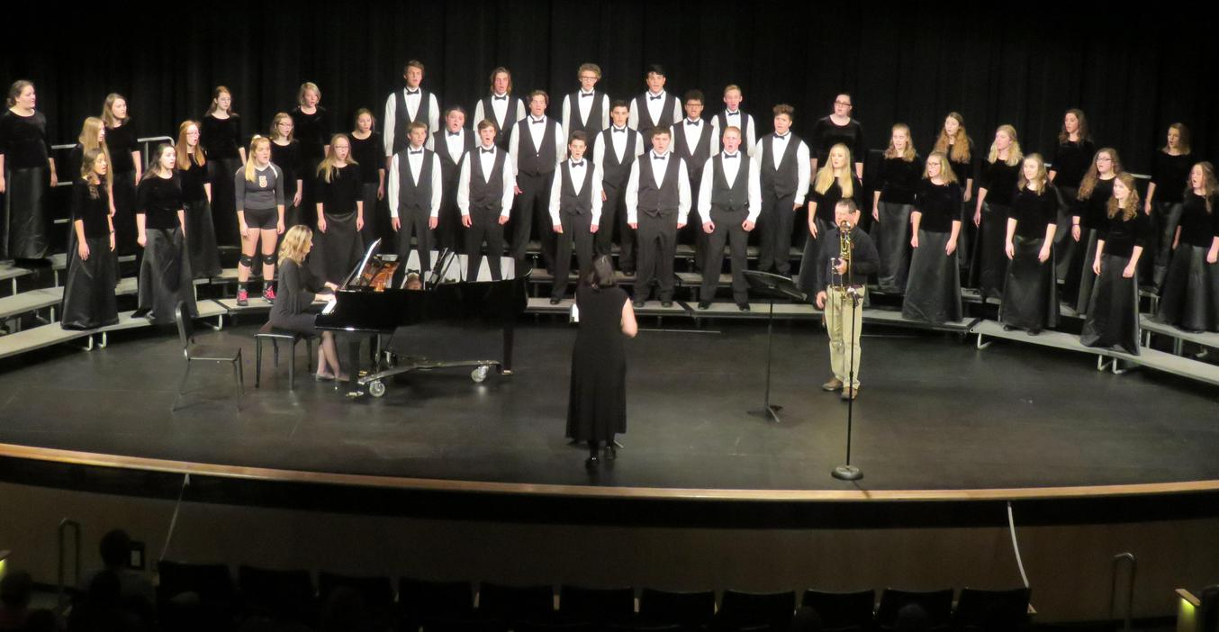 TKHS Honors Choir performs a concert.