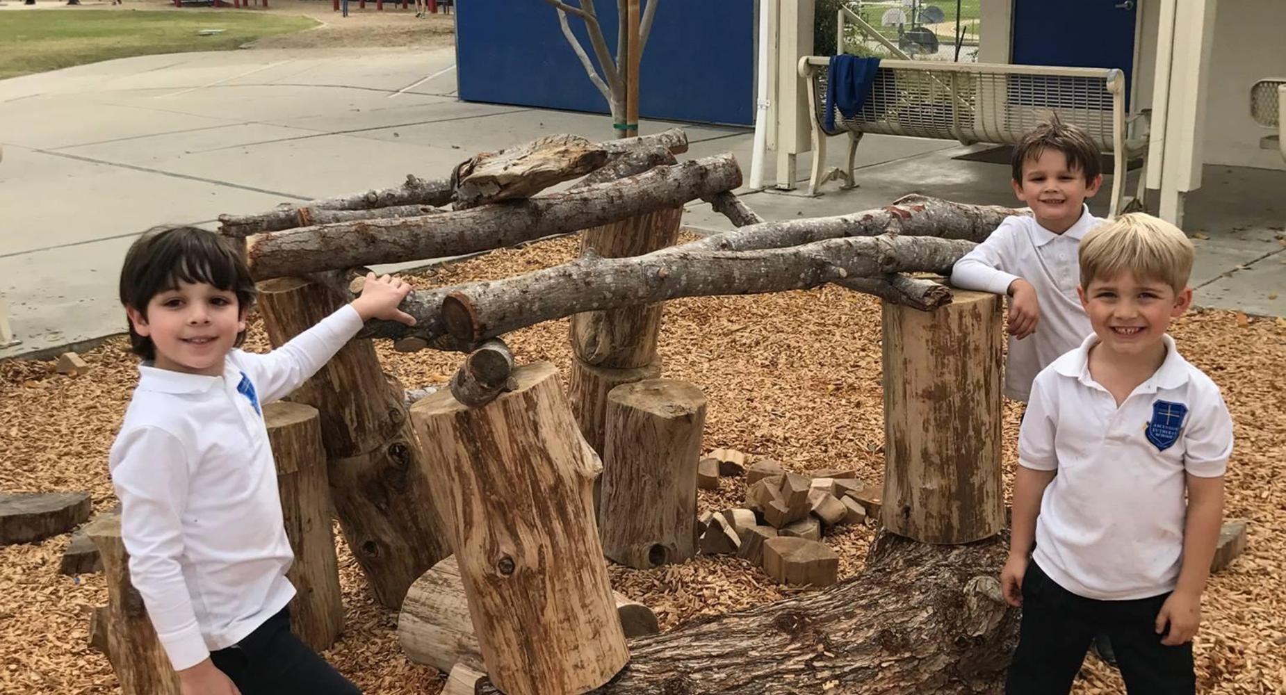 Elementary School Outdoor Classroom