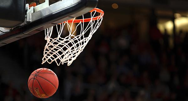 basketball going thru hoop