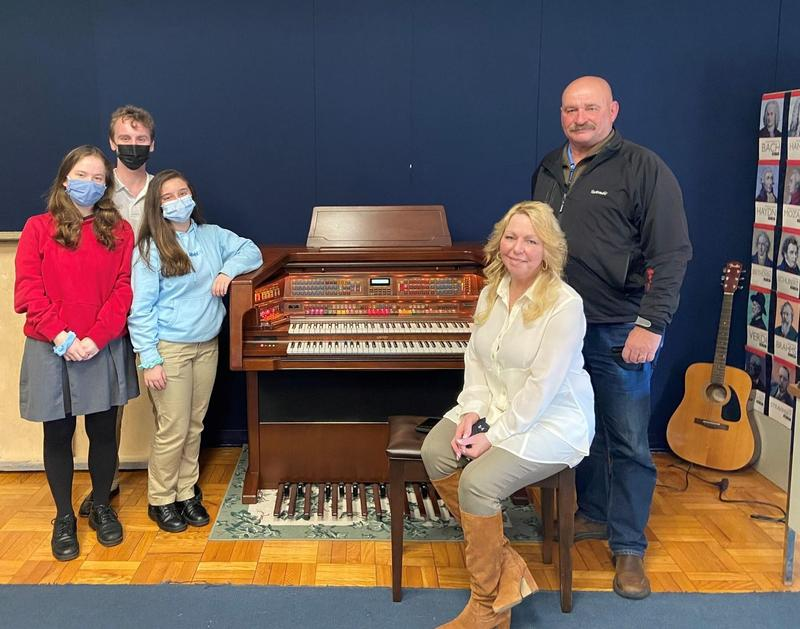 Lowrey Organ Donated to St. Mary's Music Program Featured Photo