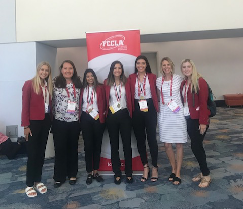 five frenship students attend the National FCCLA conference