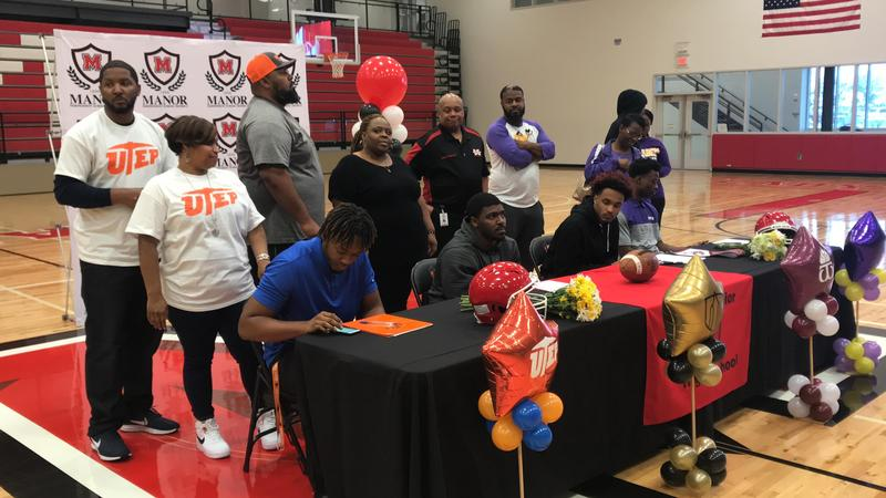 Four Manor Mustangs Sign to University Programs on Signing Day Thumbnail Image