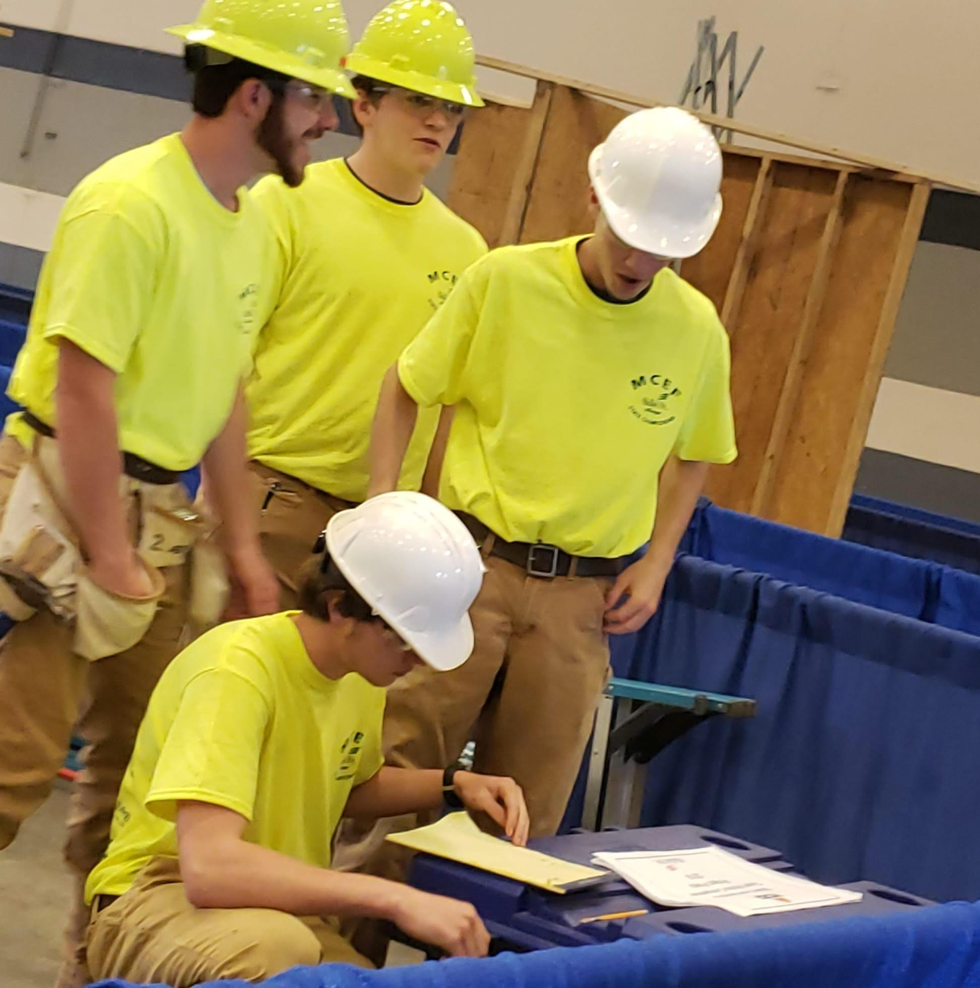 LCSD Construction Students