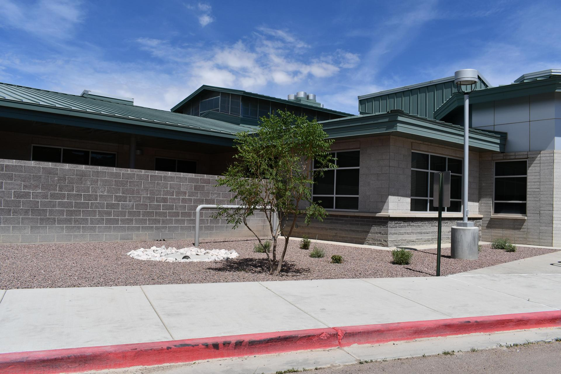 Front entry Crownpoint Elementary Landscape