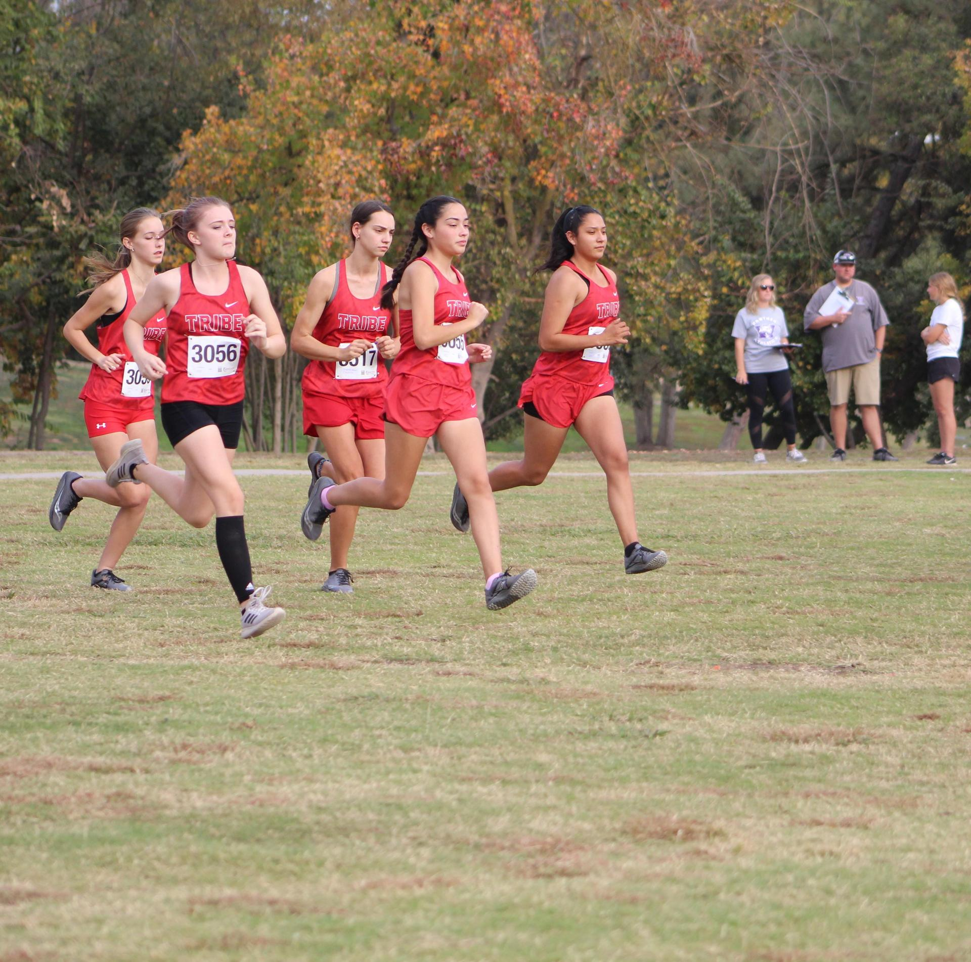 Girls starting the race