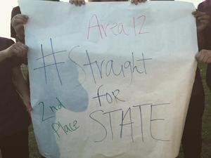 Straight for State sign