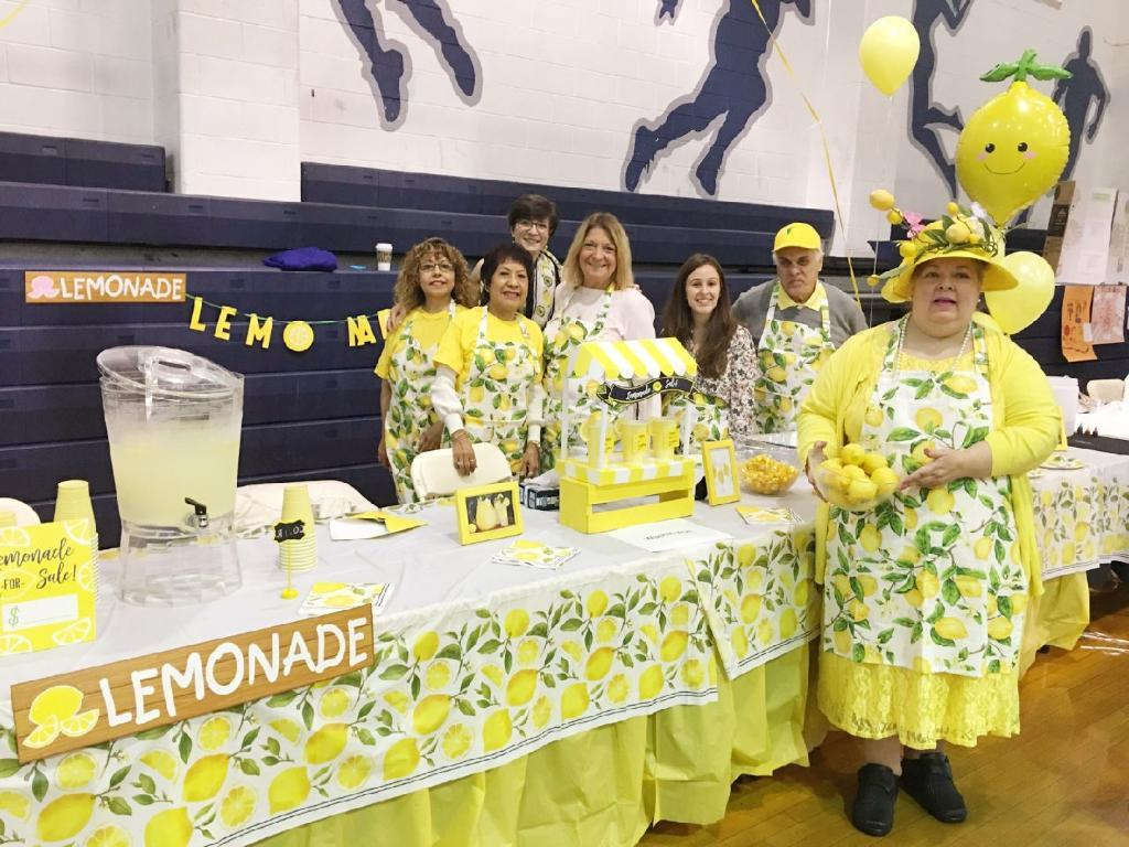 the Washington school tables of fresh lemonade