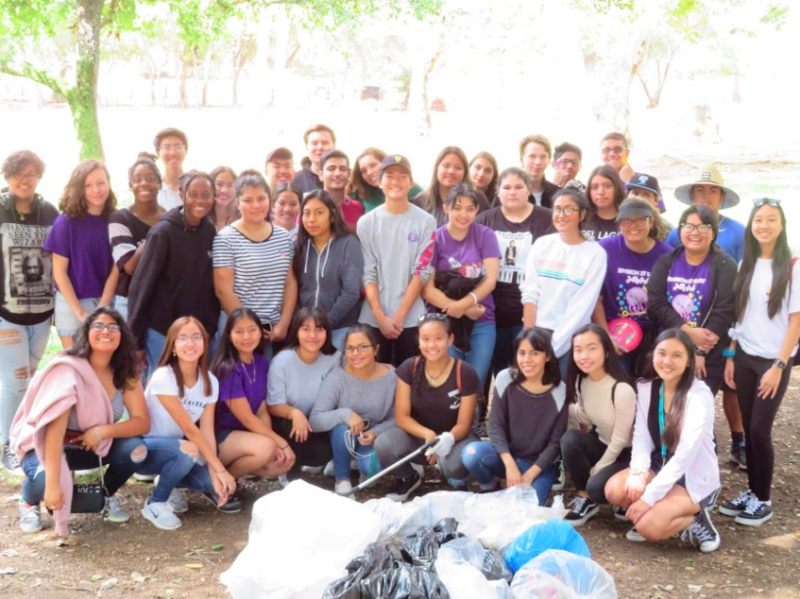 Key Club Scholars Clean Up Local Park Featured Photo