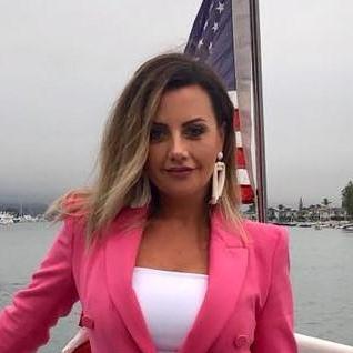Anoush Markarian's Profile Photo