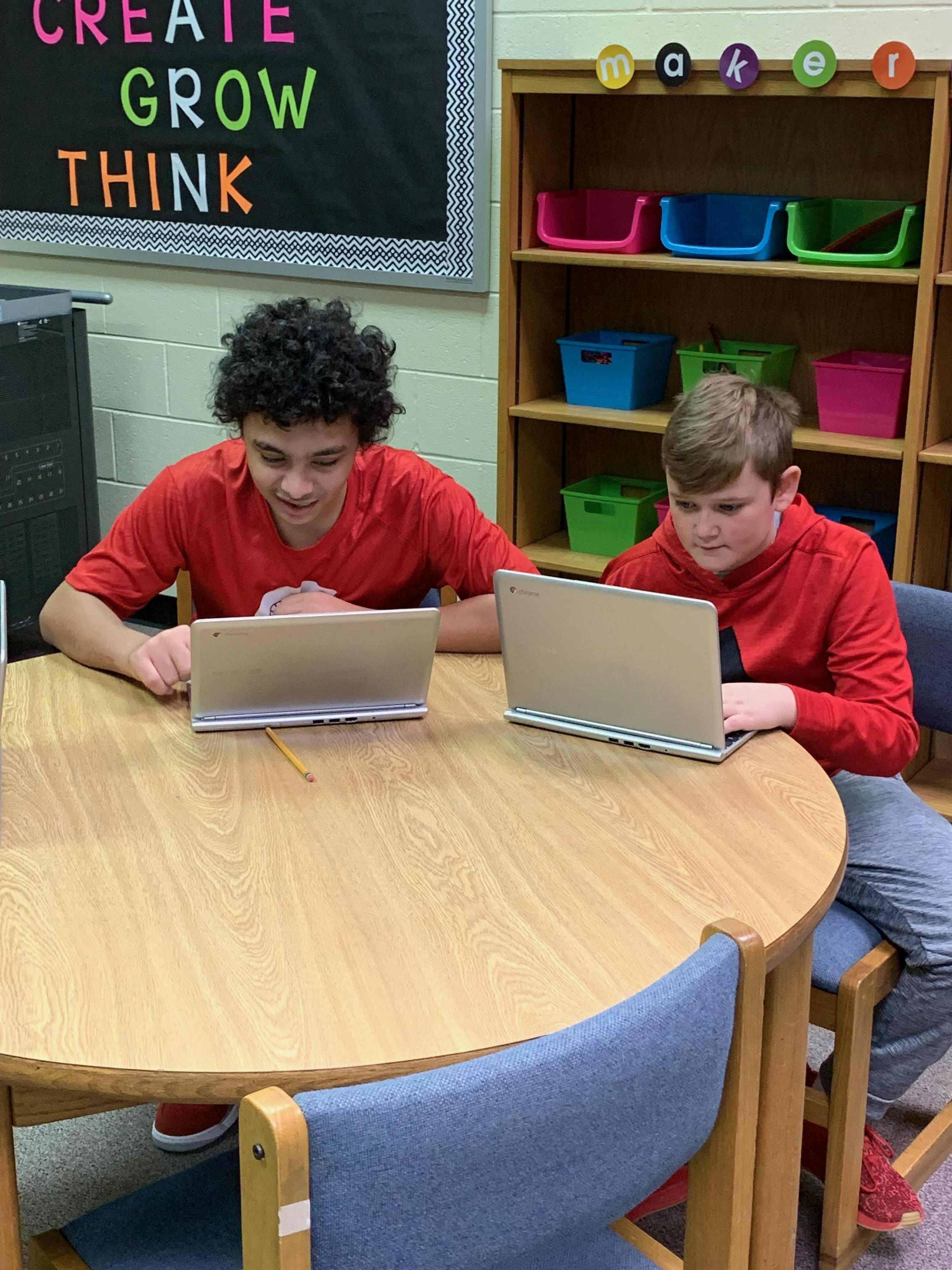 7th graders work on iReady.