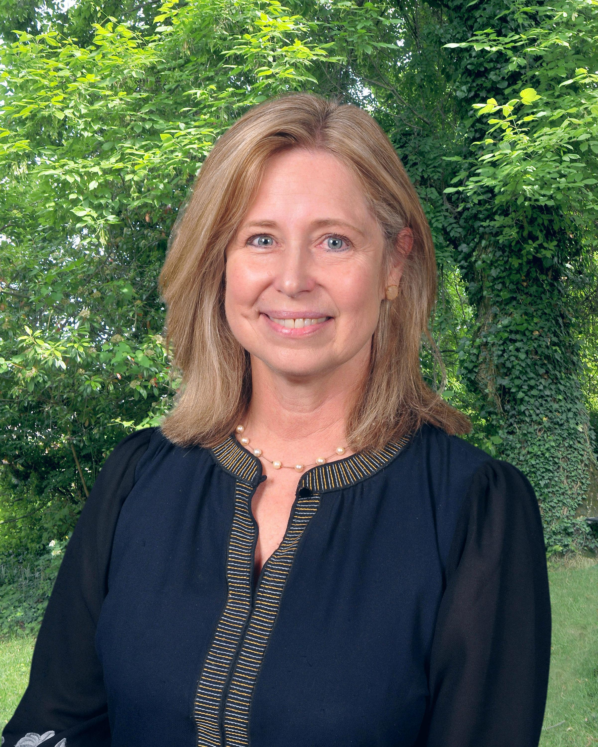 Image of Director of Admissions, Beth Hardon