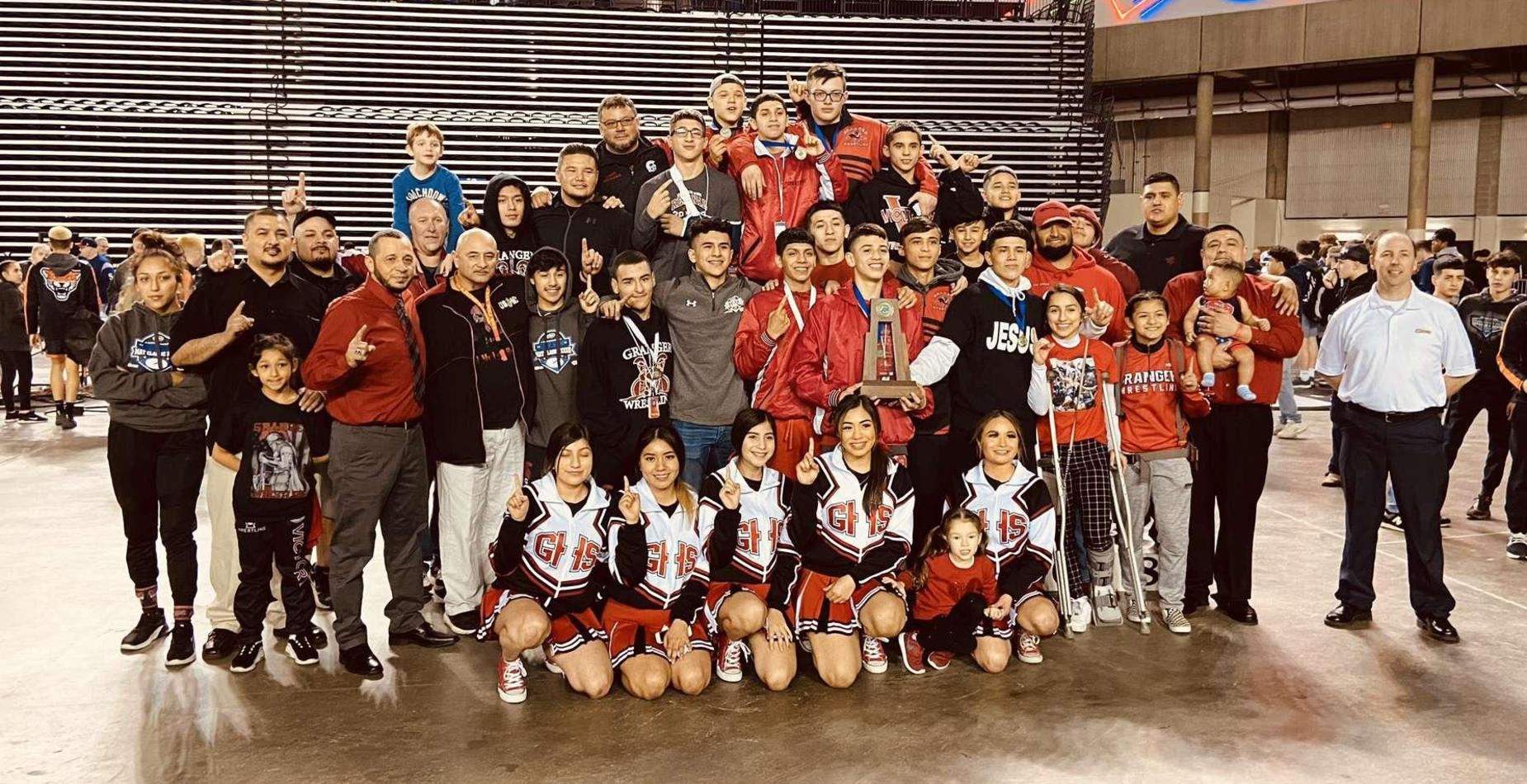 Picture of state wrestling champs