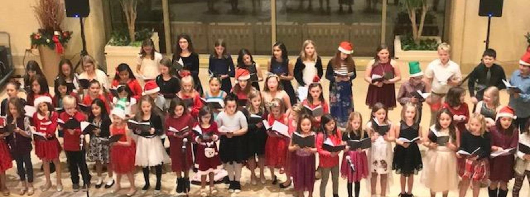 Choir sings at Marriott