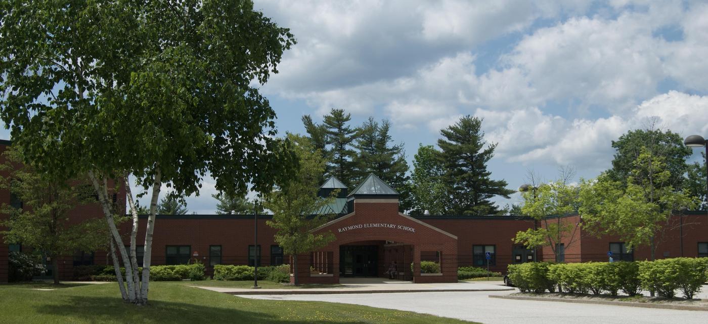 Raymond Elementary School exterior